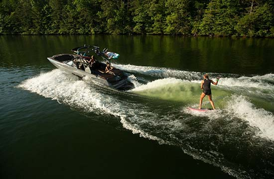 Menu_by-type_ski-wake-surf_550x360